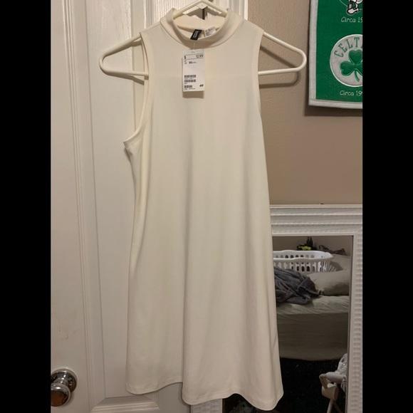 H&M Dresses & Skirts - White dress